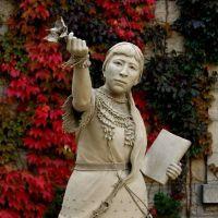 Sarah Winnemucca Sculpture