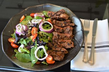 Bella Vita Bistro Carson City, BV Steak Salad