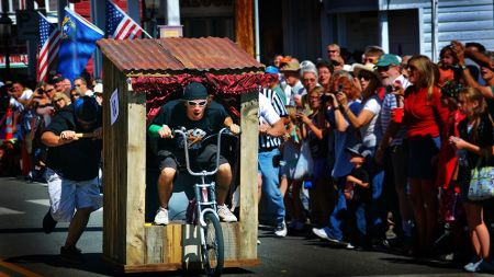 Piper's Opera House, World Championship Outhouse Races