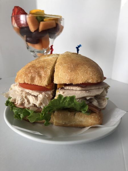 L.A. Bakery Cafe, Club Sandwich
